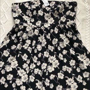 NWT- Forever 21 Floral Strapless Dress